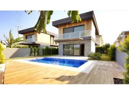 4-In-1 Luxus-Freistehende Villa Zum Verkauf In Alacati
