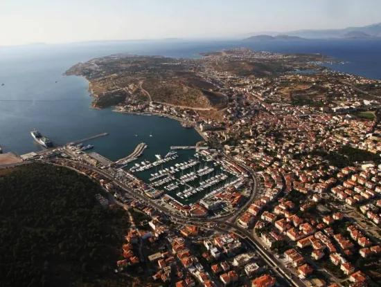Apartment For Sale In Cesme