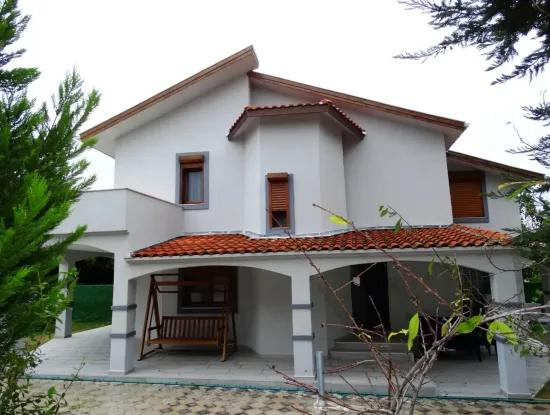 Very Well Maintained Duplex Villa Near The Sea In Ilica