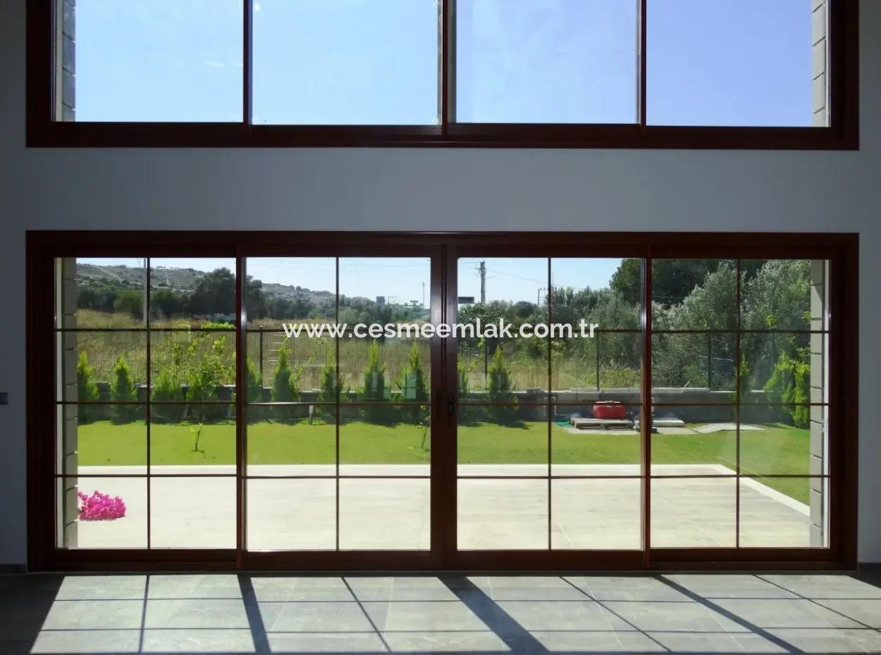 Çeşme'de Satılık Lux Malikane