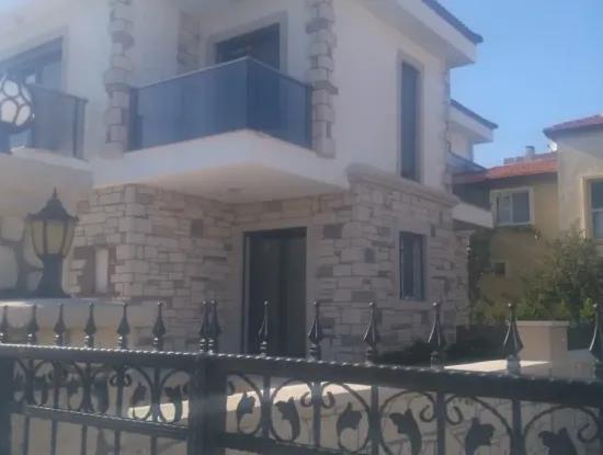 Çeşme Şifne'De Müstakil Havuzlu Sıfır Villa