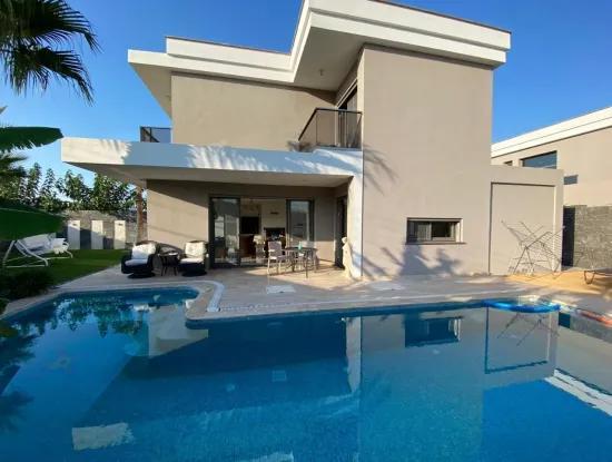 Alaçatıda Satılık Lüx Müstakil Villa