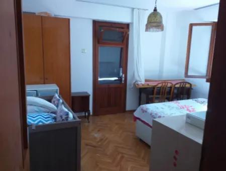 Çeşme Ilıca'da Denize Yürüme Mesafesinde Satılık Dublex Villa