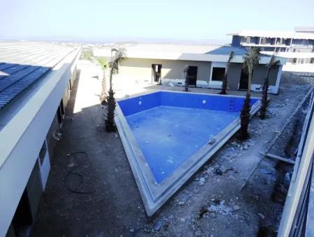 Çeşme'De Satılık 1+1 Lüks Rezidans Daire