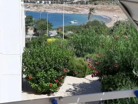 Çeşme'De Satılık Deniz Manzaralı Yazlık