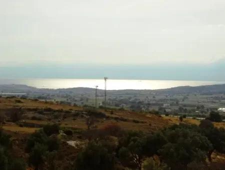 Çeşme Ovacıkta Satılık 2.Kat Deniz Görür Daire