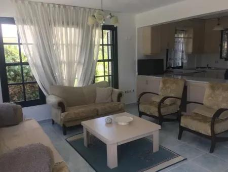 Çeşme Şifne'de Aylık Kiralık Eşyalı Villa